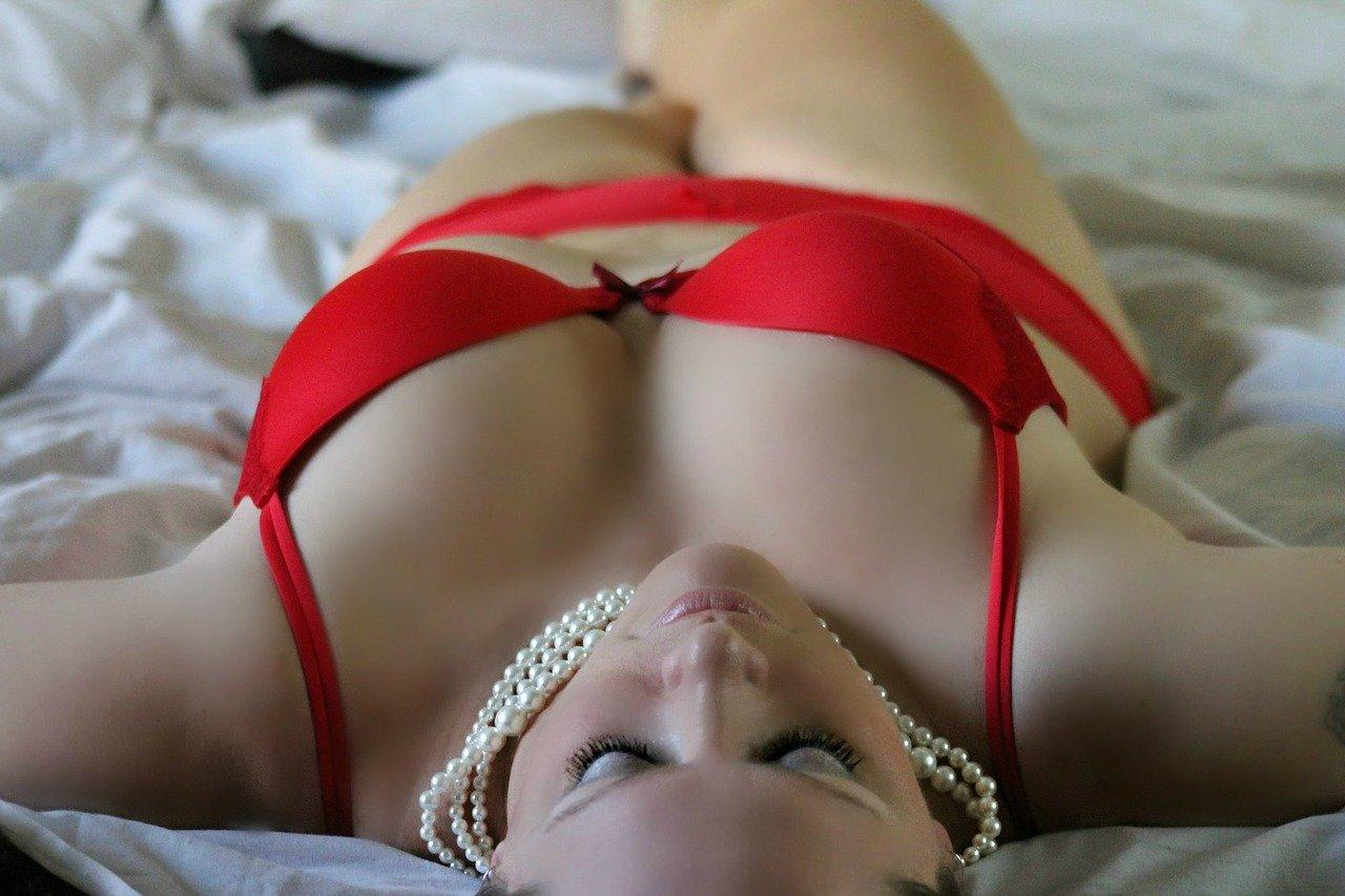 Abiti sexy di una Cam Girl di successo